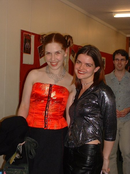 Phoebe & Piper Helliwell, Leo Wyatt